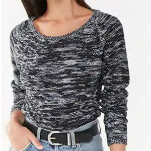 🖤 NWT WOMENS SWEATER